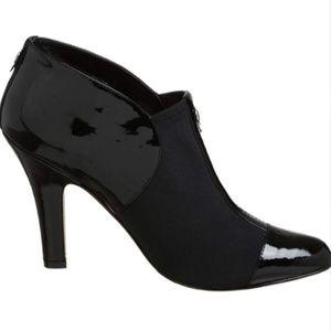 Nine West black heels / boots size 8.5